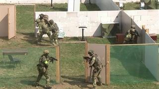 """Бойцы Росгвардии в рамках учений """"Заслон - 2021"""" отработали действия по уничтожению террористов."""