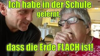 """Omi (geboren 1918): """"Ich habe in der Schule gelernt, das die Erde FLACH ist!"""" Untertitel deutsch"""