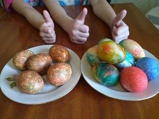ЛАЙФХАК 1 ЧАСТЬ. 2  способа оригинально покрасить яйца к Пасхе. Пасхальные яйца Просто быстро дешево