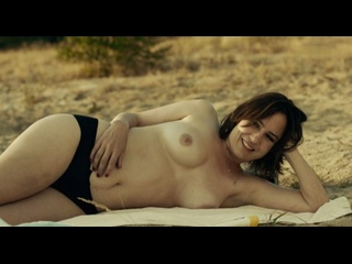 Nude frau Nude Beach