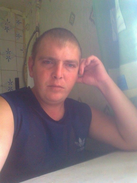 Алексей, 35, Yekaterinovka