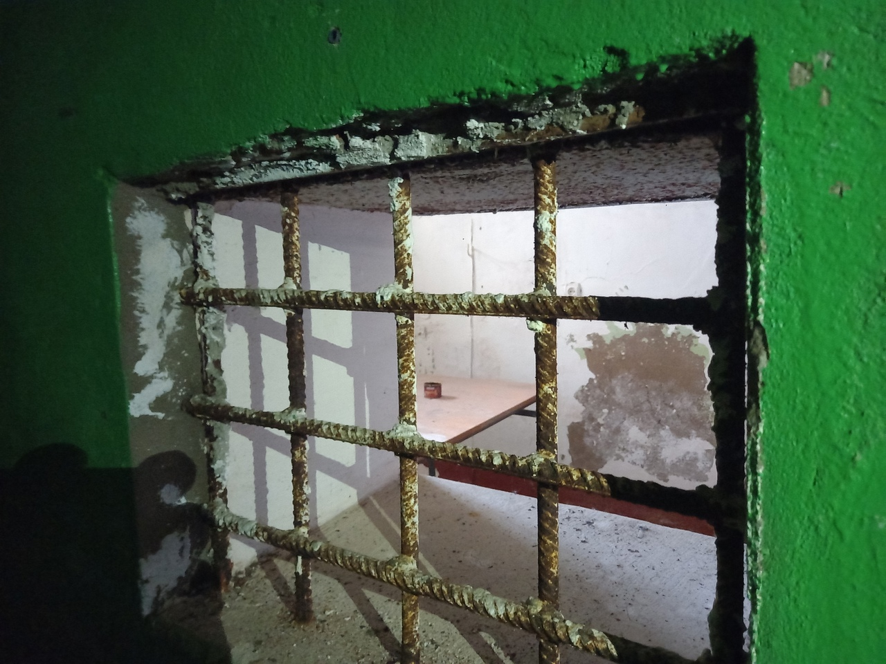 ПО ПРОСТОРАМ НАШЕЙ РОДИНЫ. Заброшенная старинная тюрьма в Старой Руссе (Новгородская область).