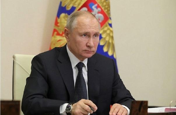 Президент России Владимир Путин поддержал предложе...