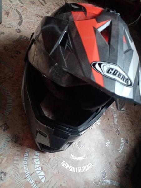 Продам шлем кобра 6к можно обмен на телефон желате...