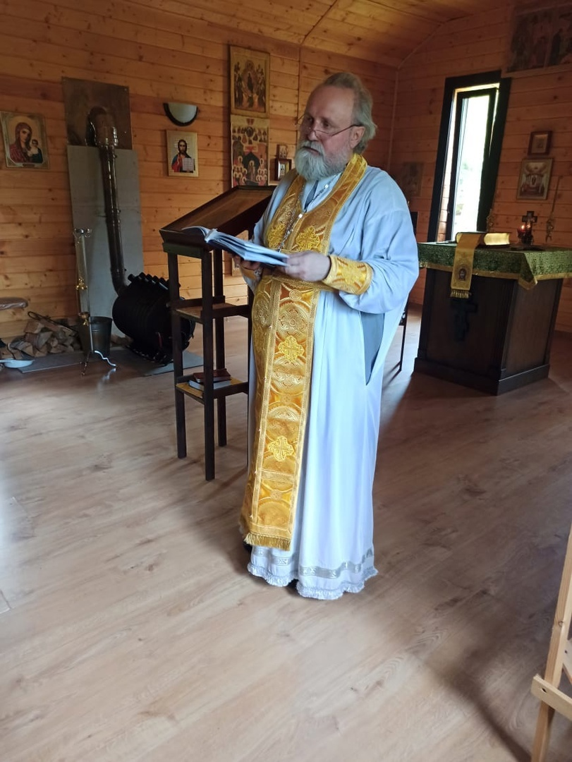 Отец Вячеслав Красноруцкий совершил Божественную литургию в реабилитационном центре «София»