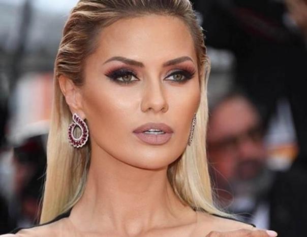 Боня: «Никто не может меня унести!» Викторию считают одной из завиднейших невест России. Живет в Монако, зарабатывает деньжат, строит планы, но до сих пор одна. Виктория замещает любовь на