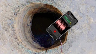 Телефон Упал в Дыру и Записал Жуткие Вещи //Паранормальные новости